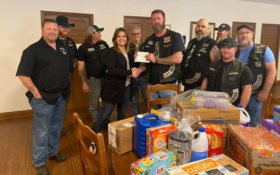 Boozefighters Donate to RMHC Temple